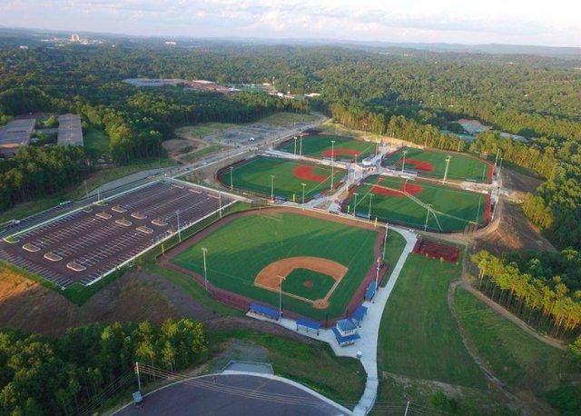 Hoovr Fields