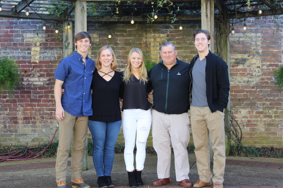 Greg Sykes with wife Pam, sons Matt and Hunter, daughter Kat